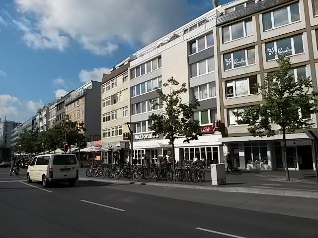 Laden-/Gastrofläche am Bohlweg